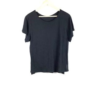 Lululemon - short sleeve crew neck top